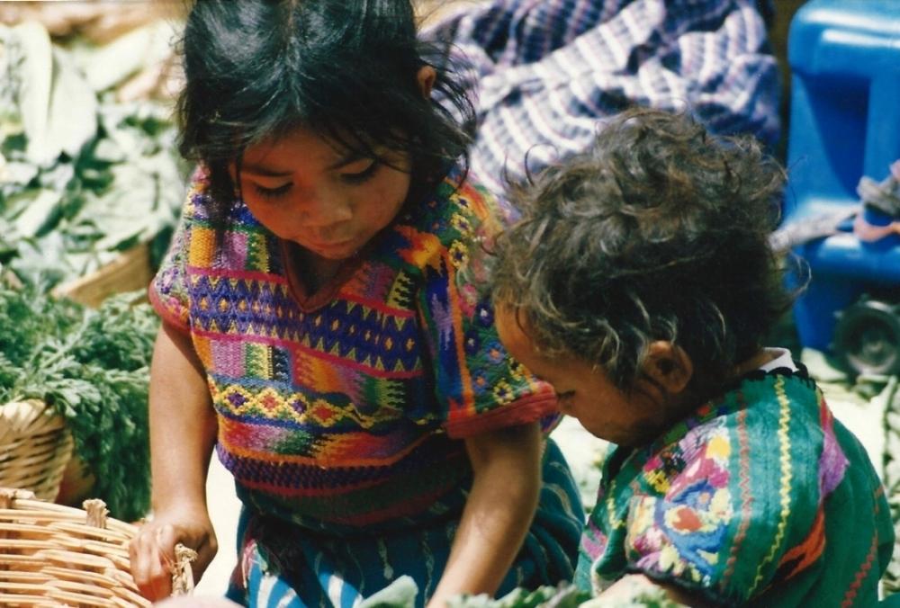 Guatemala-sisters