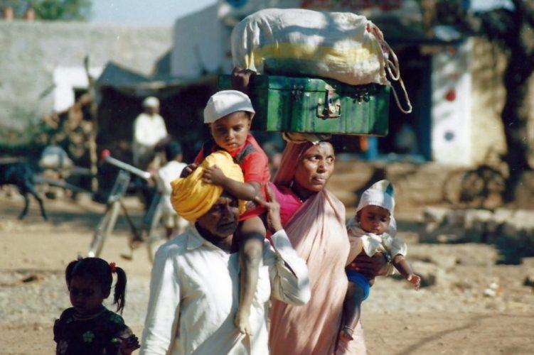 india-family-e1497054410275