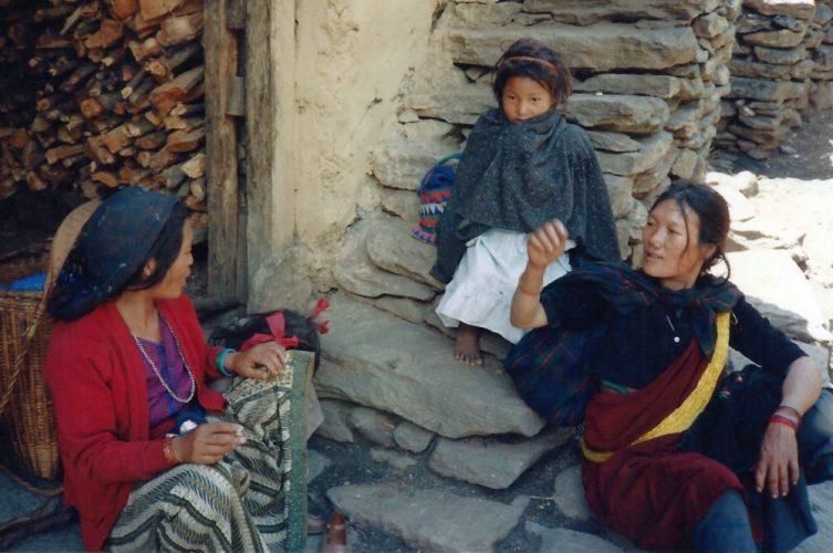 tibetans-nepal-e1497053748808