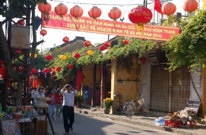 Vietnam-laterns