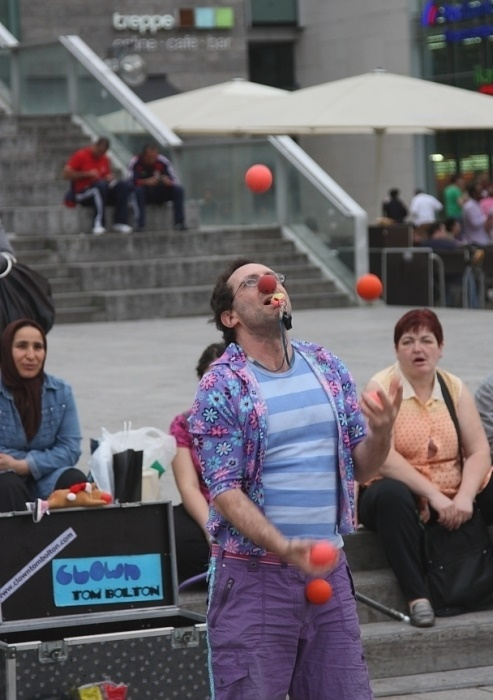 juggle-balls